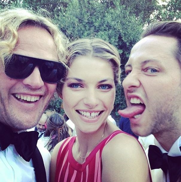 Emilio Pucci's Peter Dundas takes a selfie with Jess Hart and Derek Blasberg.