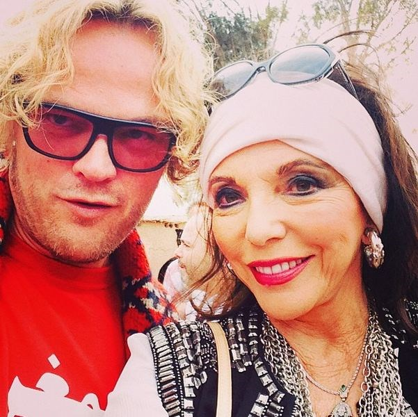 Yes even Joan Collins was there. Selfied here with Peter Dundas