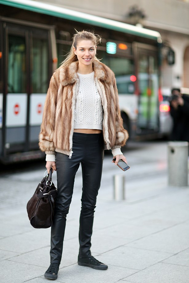 Aussie model Jessica Hart flaunts her taut stomach in leather pants and a fur jacket.