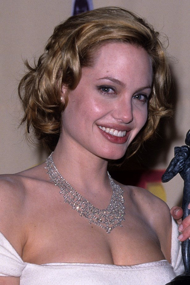 A blonde bob gave the actress a youthful, gamine appearance at an awards ceremony in 1999.