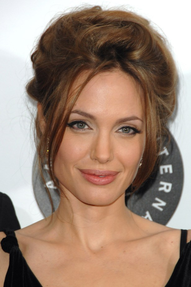 At the New York premiere of <em>A Mighty Heart</em> in 2007, Jolie wore black eyeliner with a voluminous beehive.
