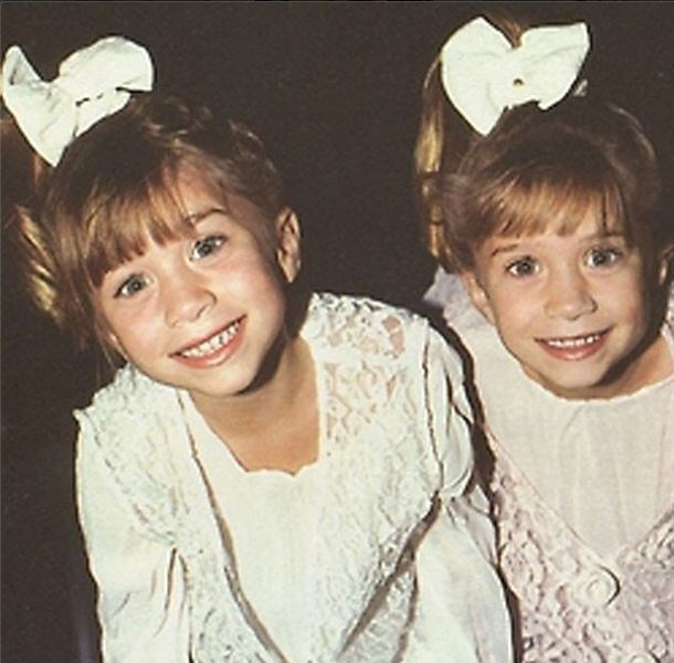 Mary-Kate and Ashley Olsen rocking their matching scrunchies on full house. Never forget.