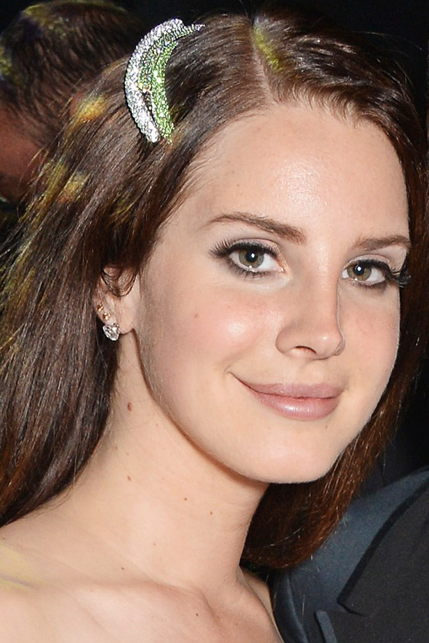 Lana wears a glossy lip with her trademark false lashes at the amfAR's Cinema Against AIDS Gala.