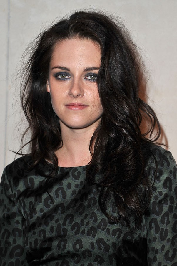 Kristen Stewart's usual sultry brunette look.