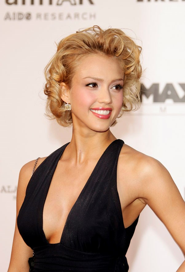 But we could never forget Alba as a sexy blonde, which she coloured for her <em>Fantastic Four</em> films as well as <em>Sin City.</em>