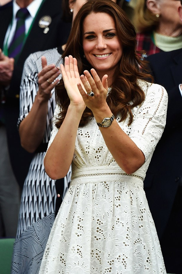 Duchess Catherine applauds Roger Federer and Stan Wawrinka at Wimbledon, while wearing her chic Zimmermann dress.