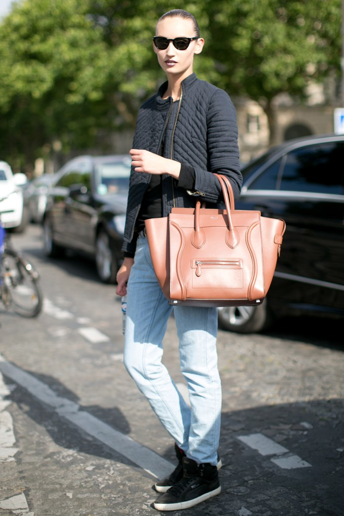 Take some notes from this off-duty model and work a statement bag (like her Céline Luggage tote) into your weekend look.