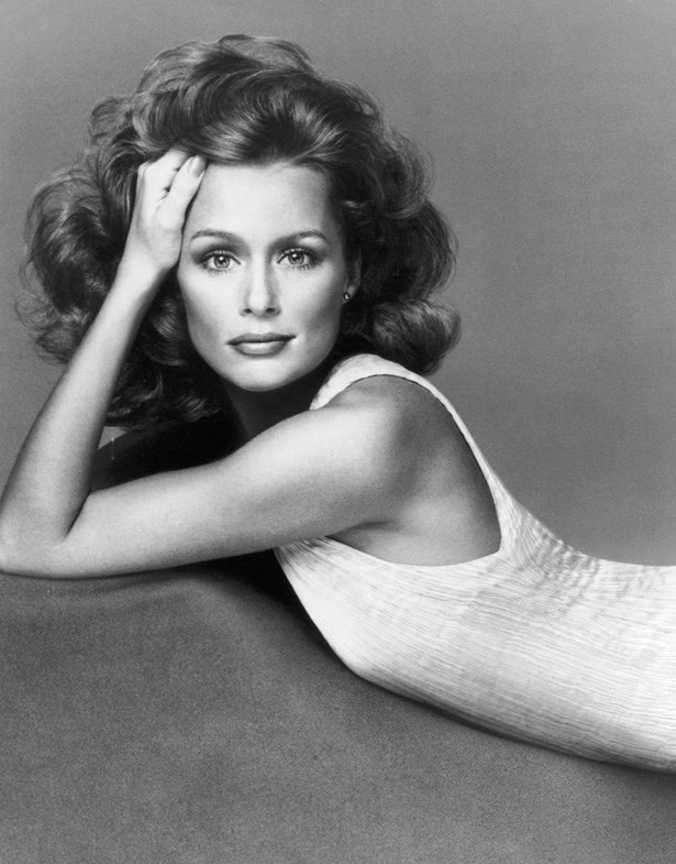 <strong>Lauren Hutton</strong> <br><br> As a model, all American girl Lauren Hutton was one of the pride and joys of the Ford Modelling Agency – even with her gap teeth, she possessed the look that Ford famously loved so much; blonde, blue eyes and legs up to her neck. She was one of the first models to snap up exclusive makeup contracts with Revlon and Estee Lauder.