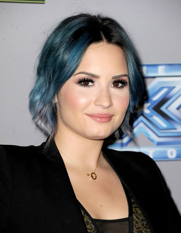 Demi Lovato is another young starlet who has experimented with a range of colours, from pink to blue, full head and tips. We do love her as a dark-toned blue top though. This colour is best for those who prefer dark makeup and clothing.