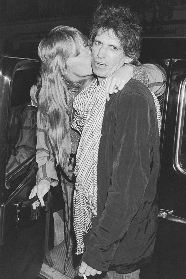 Believe it or not, The Rolling Stones guitarist Keith Richards and model Patti Hansen have been married for a whopping 30 years, they were married in Mexico on Richards' 40th birthday in 1983.