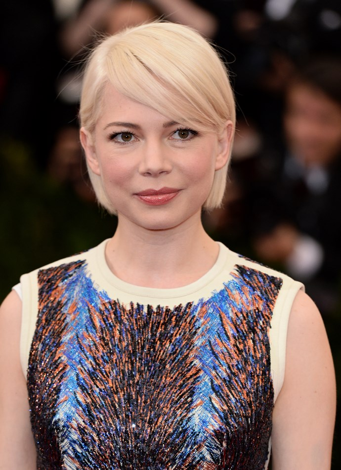 <strong>GROWN OUT PIXIE <BR><BR></strong> Michelle Williams