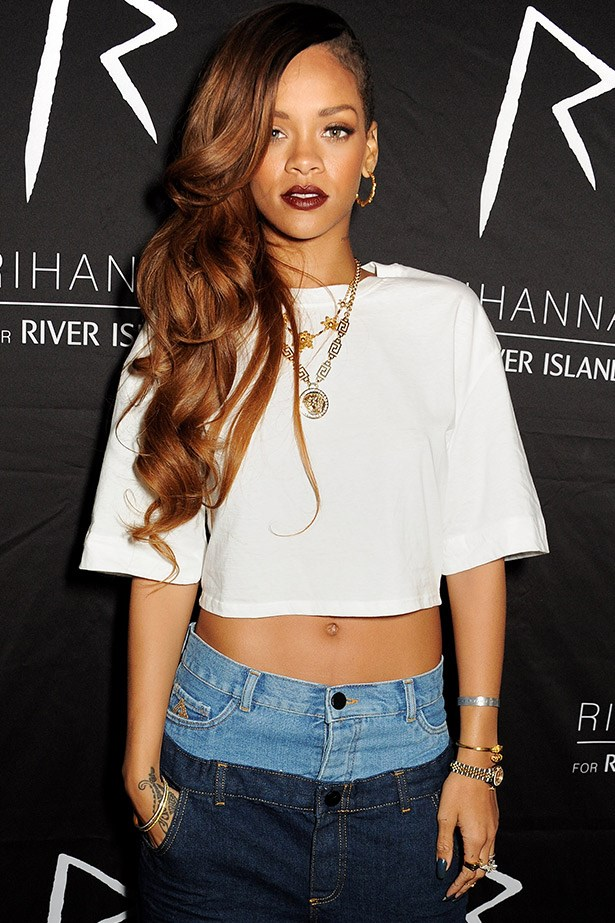 <strong>Copper Tint</strong><br> If you've been chocolate or mocha for a while but not ready to go full blonde, the consider a copper wash like Rihanna's warm lengths. The look is flattering on most skin tones, works with most makeup looks and is easy to maintain.