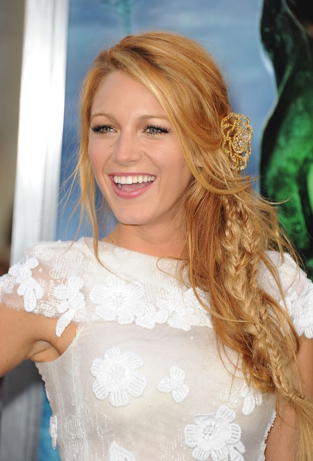 Back in 2011, Blake Lively was tapped by the Kaiser as the face of the Chanel Mademoiselle handbag collection.