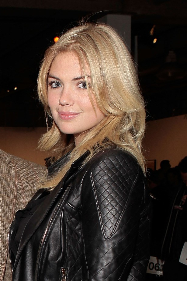 <strong>5.Kate Upton </strong> <br> Earnings: $7 Million