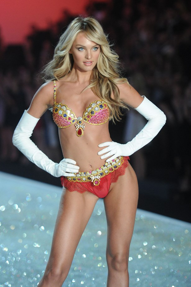 <strong>16. Candice Swanepoel</strong> <br> Earnings: $3 million