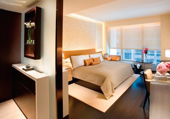 """<strong>Hong Kong<br> The Landmark Mandarin Oriental<br><a href=""""http://www.mandarinoriental.com/landmark/"""">www.mandarinoriental.com/landmark </a></strong>"""