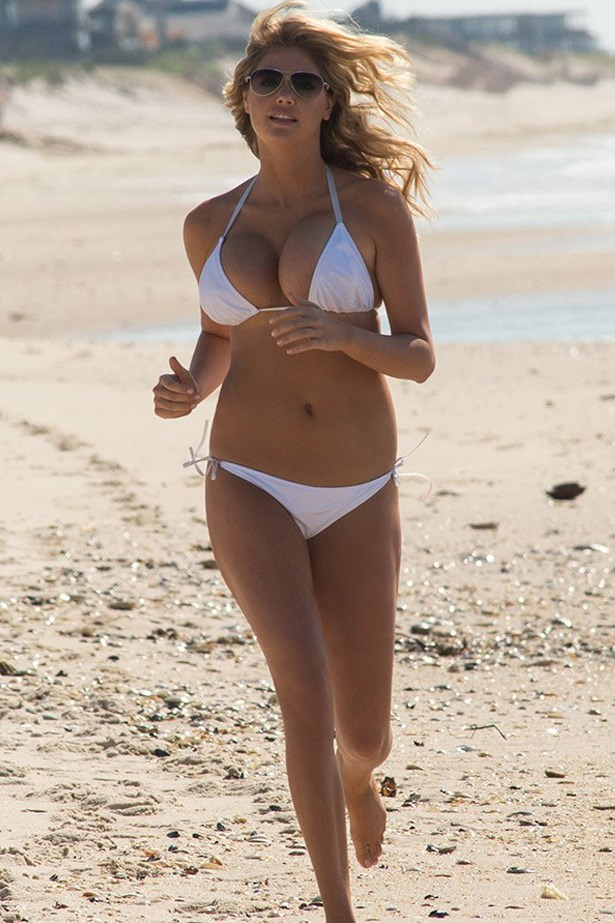 "Kate Upton's white bikini soft sand run in <em>The Other Woman</em> (2014) <br><br> Related links:<br> <a href=""http://www.elle.com.au/beauty/health-fitness/2014/5/kate-uptons-trainer-spills-her-body-secrets"">How to get Kate Upton's body</a>"