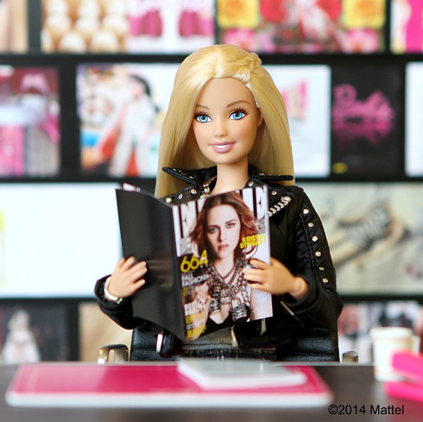 """""""Cherchez La Femme! Making sure I am up to speed on all the Fall fashions with @elleusa's September issue. #barbie #barbiestyle"""" <br> Barbie catches up on some essential reading. <br><br> Instagram: @barbiestyle"""