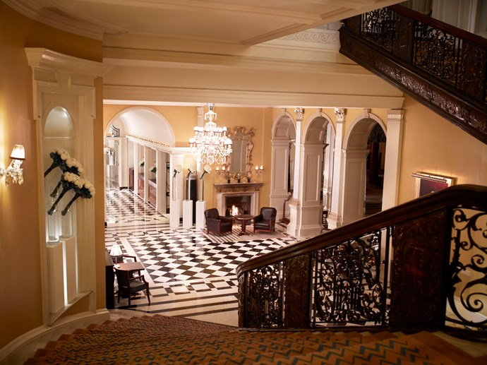 "<strong>London <br> Claridge's <br> <a href=""http://www.claridges.co.uk/"">www.claridges.co.uk </a> </strong>"