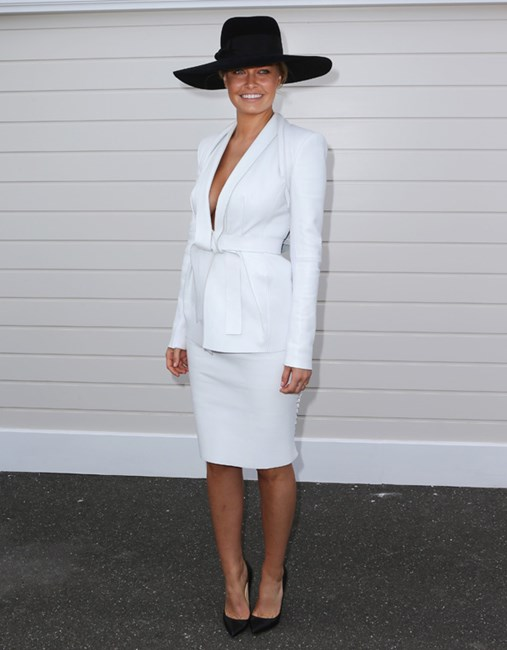 <em>ELLE</em> covergirl Lara Bingle at Derby Day