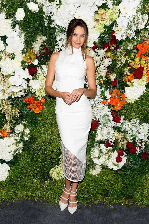 Another simple, but cool look from Rachael Finch, this time celebrating the launch of the 2014 Sydney Spring Carnival