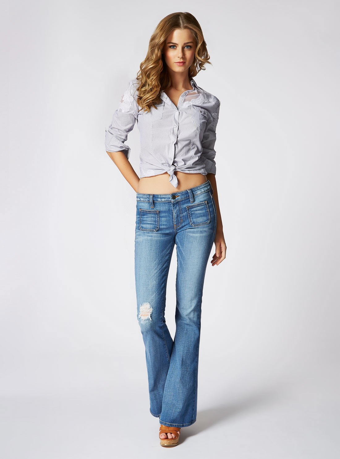 "<p/>Retro flares and crisp shirts let the denim do the talking 70s Denim Flare in Rossen Wash. <p/> Alva Shirt <p/> Shop the look <a href=""http://shop.guess.net.au/fashion-trends/originals"">here</a>."