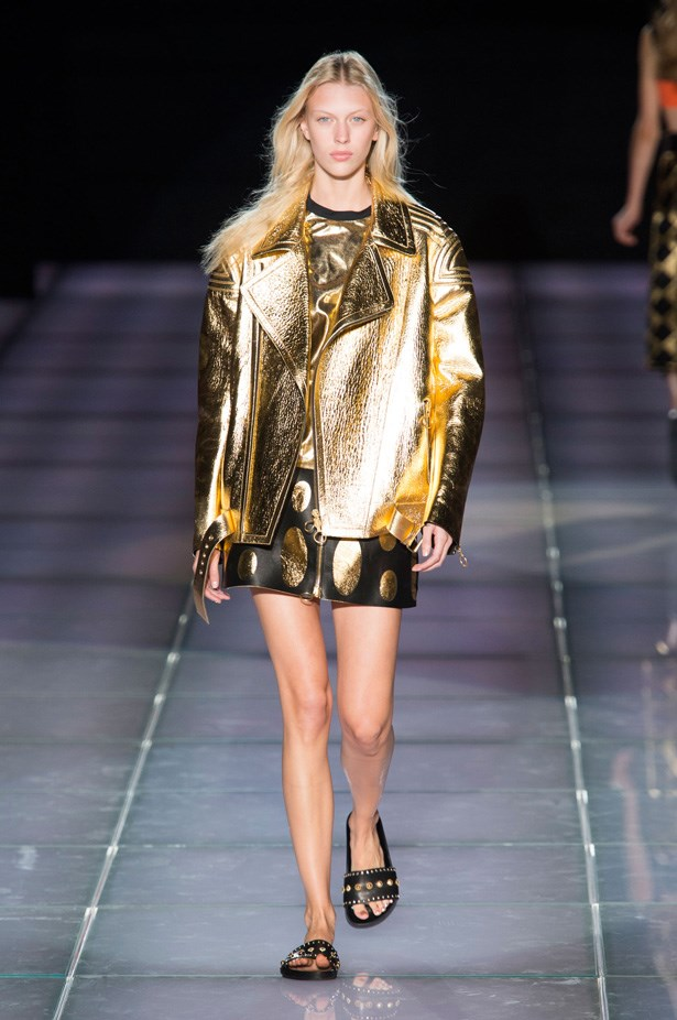 <strong>Fausto Puglisi</strong><br><BR> Looking to ancient Rome as one of his inspirations, Sicilian designer Fausto Puglisi showed embellished gladiator sandals, gold foiled jackets and chic copper embroidery.