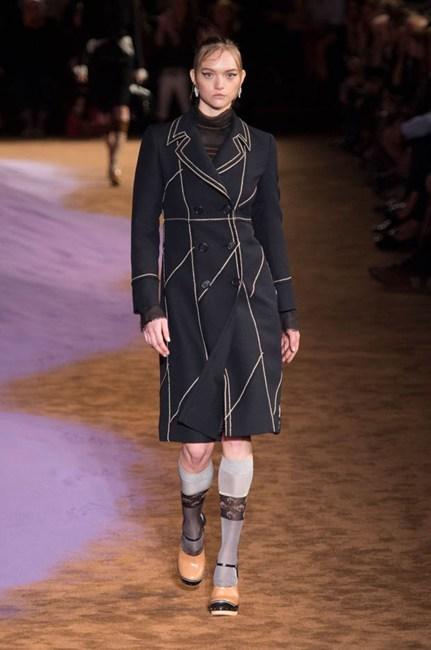 Gemma Ward on the Prada runway