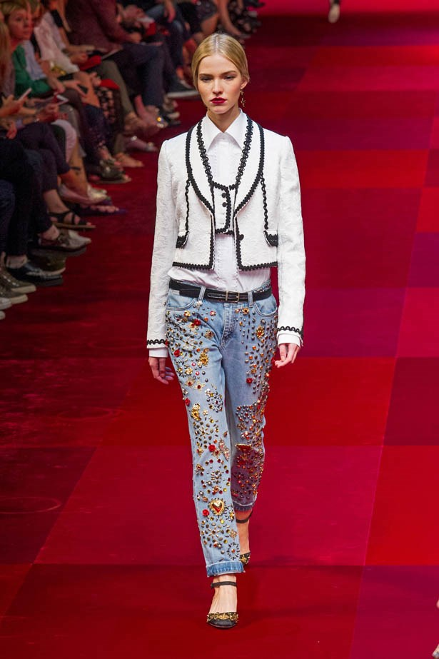 <strong>Blue Crush</strong><br><BR> After several designers, including Gucci, Fendi, Alberta Feretti, Dolce & Gabbana and DSquared, sent models in relaxed, wide-legged denim down the runway, we had one question - Is it finally time to retire our skinny jeans? Watch this space. <br><br> Image: Dolce & Gabbana