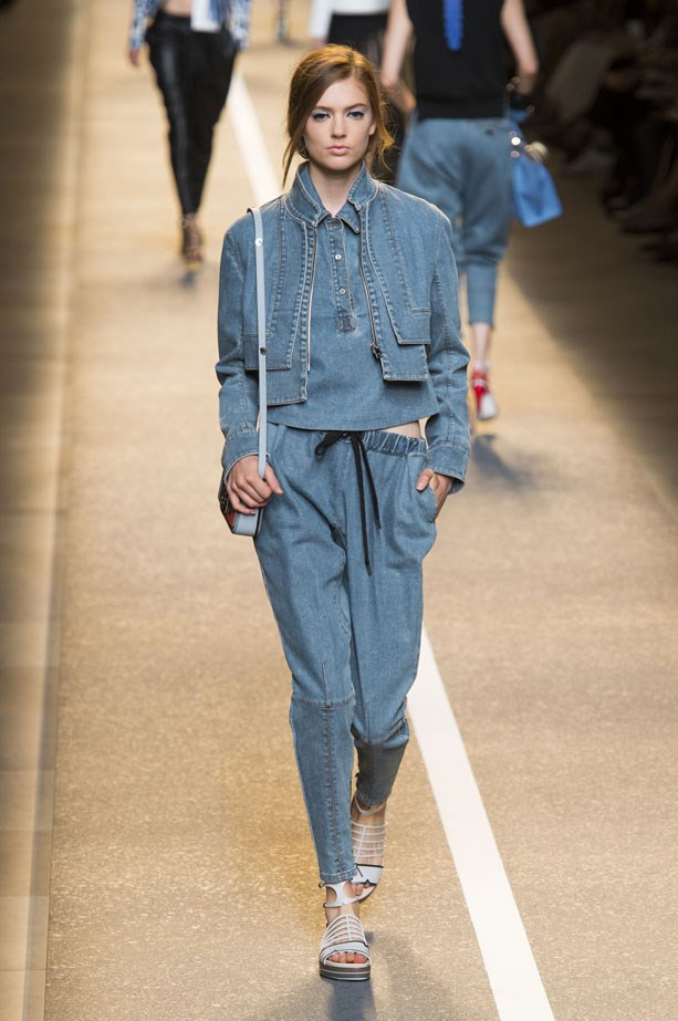 <strong>Fendi</strong><br><BR> This layered, double denim look by Fendi would fit right in with a cool, relaxed Australian summer wardrobe, no? With more of a harem pant-like feel, the Fendi jeans were fitted around the calf and also low-slung.