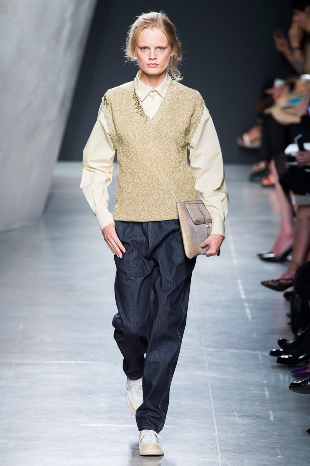 <strong>Bottega Veneta</strong><br><br> Normcore much? There was something very cool, if not a tad early 2000s, about the boyfriend-style dark denim seen at Bottega Veneta.