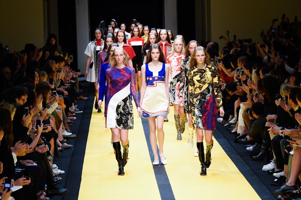 <strong>Designer:</strong>Carven<br> <strong>Collection:</strong> Spring Summer 2015 <br> <strong>Location:</strong> Paris Fashion Week