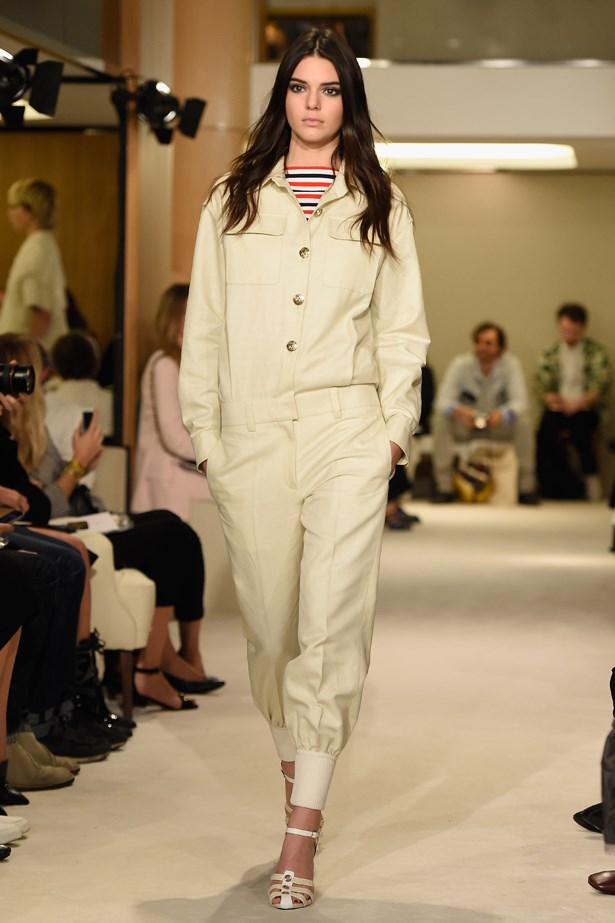 This Kardashian makes even a boxy boiler suit look chic. Sonia Rykiel sent Kendall down this runway in this all-cream ensemble in Paris.