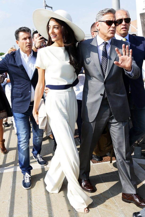 Mrs Clooney shows us the way. Note the wedge heel and cropped tee? Both are essential for lengthening legs. Not that she needs much help in the pin department.