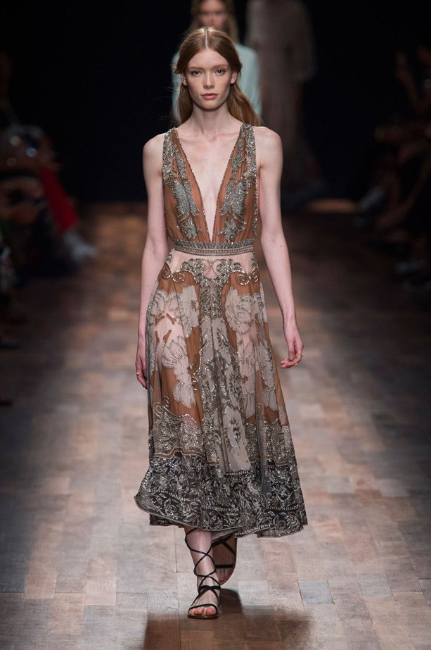<strong>Designer:</strong> Valentino <br> <strong>Collection:</strong> Spring Summer 2015 <br> <strong>Location:</strong> Paris Fashion Week