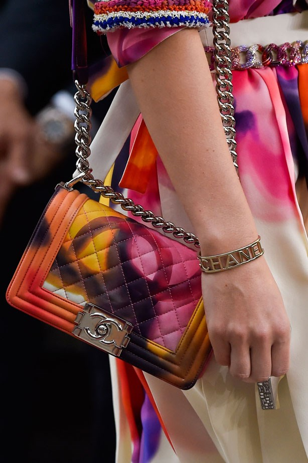 <strong>Designer: Chanel <br> Season: SS15<br> Location: Paris <b></strong>