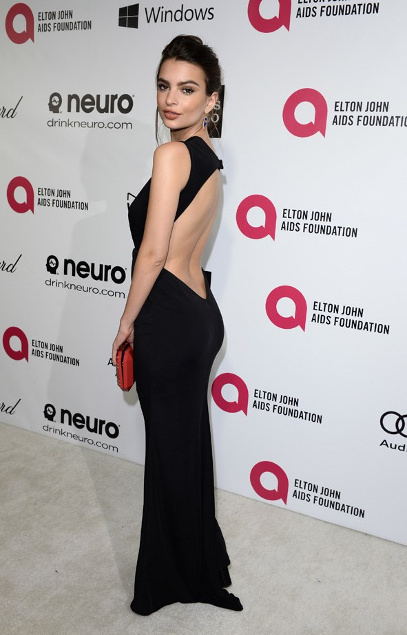Emily Ratajkowski at the <em>Elton John AIDS Foundation</em>'s Oscar viewing party