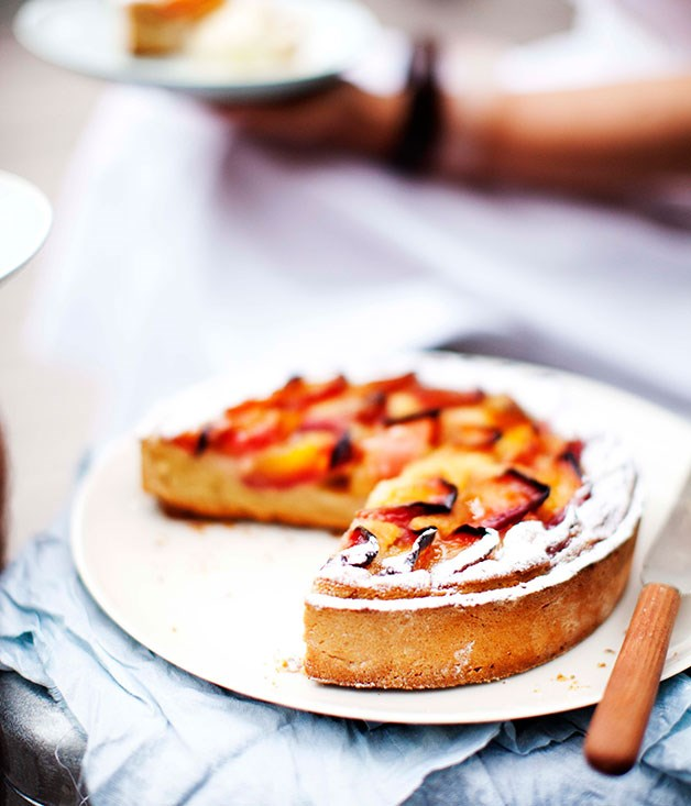 Dietmar Sawyere: Nectarine and frangipane tart :: Gourmet Traveller