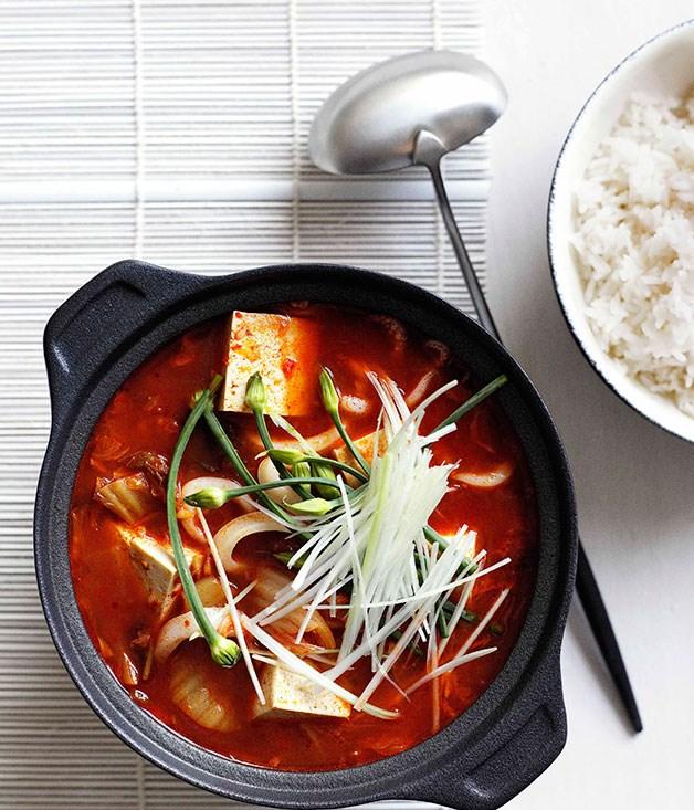 Kimchi jjigae :: Gourmet Traveller