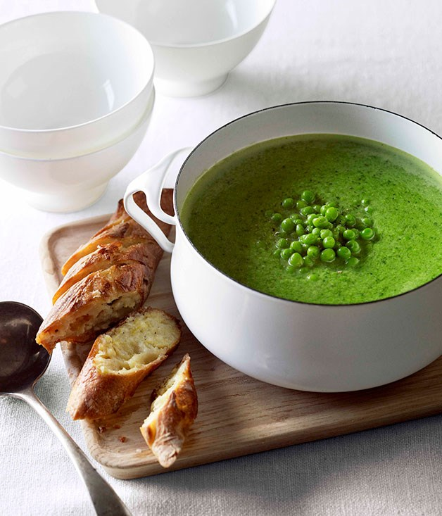 Pea and fennel soup with parmesan garlic bread :: Gourmet Traveller