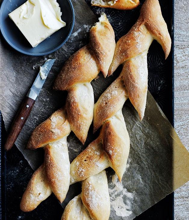 Baguettes and pis de bl recipe french bread recipe gourmet traveller - Image epis de ble ...