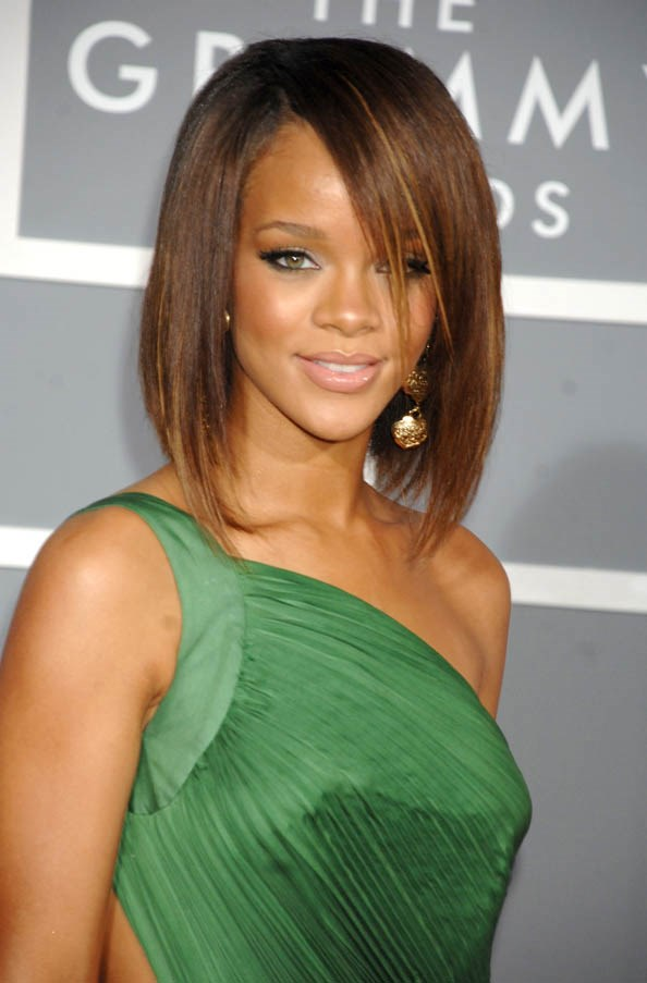 Bronze highlights in a straight bob at The Grammy Awards, February 2007.