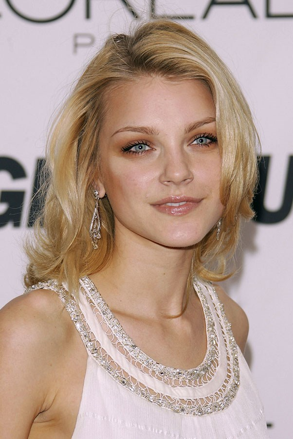 <strong>Jessica Stam</strong>
