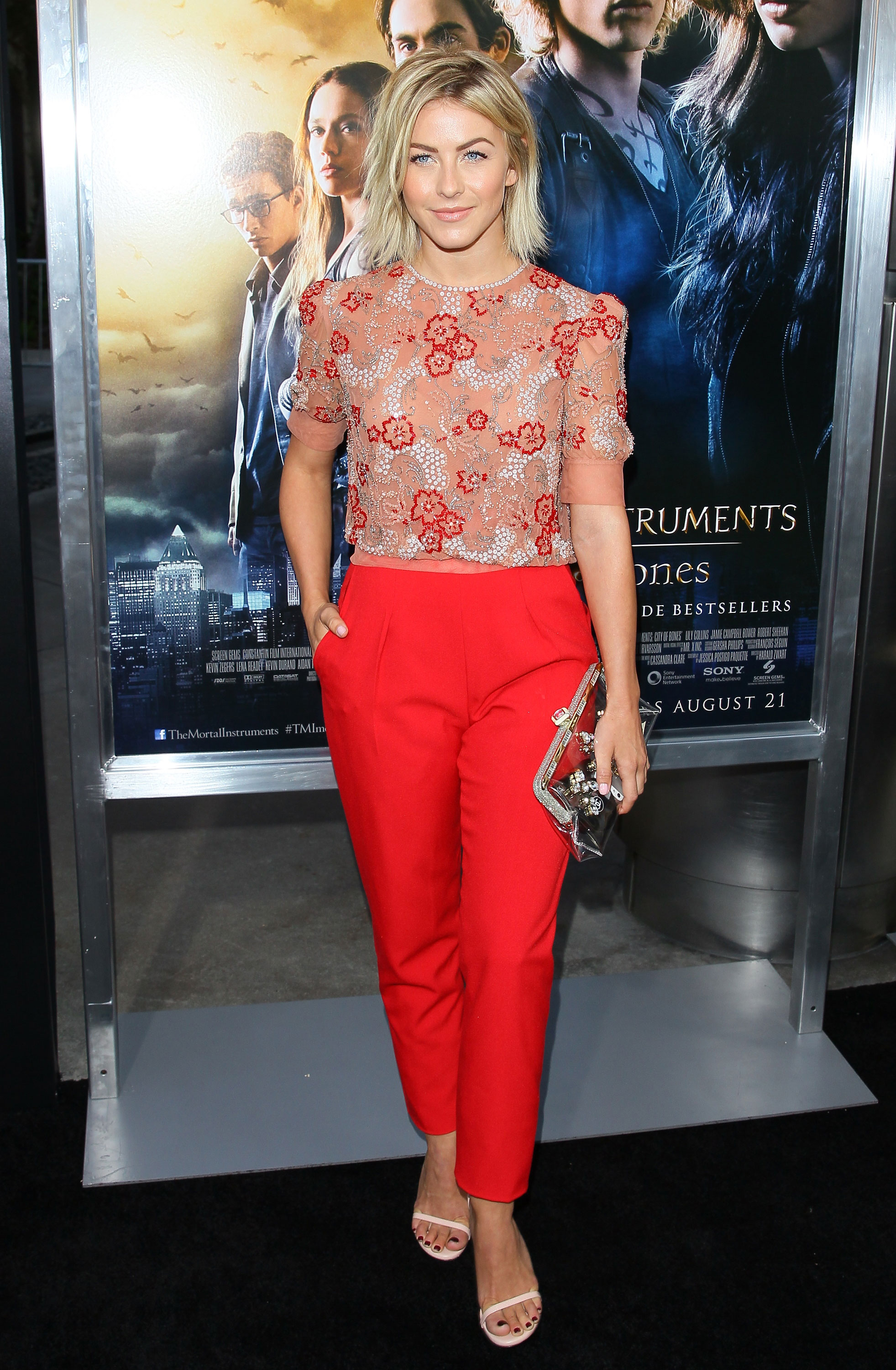 Julianna Hough florals