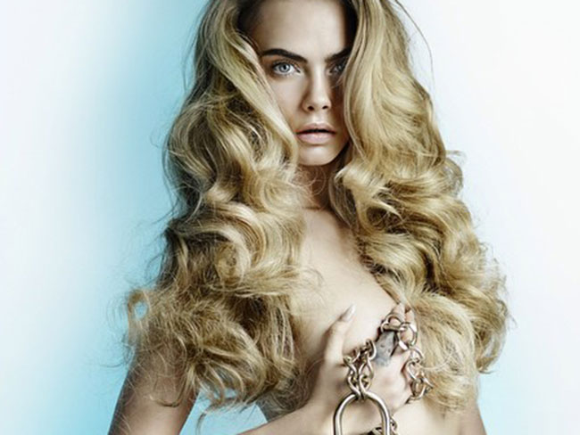 Cara Delevingne undressed