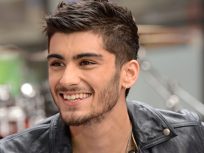 Zayn Malik recreates Miley's 'Wrecking Ball'
