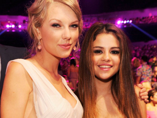 Taylor Swift plays cupid for Selena Gomez and Niall Horan