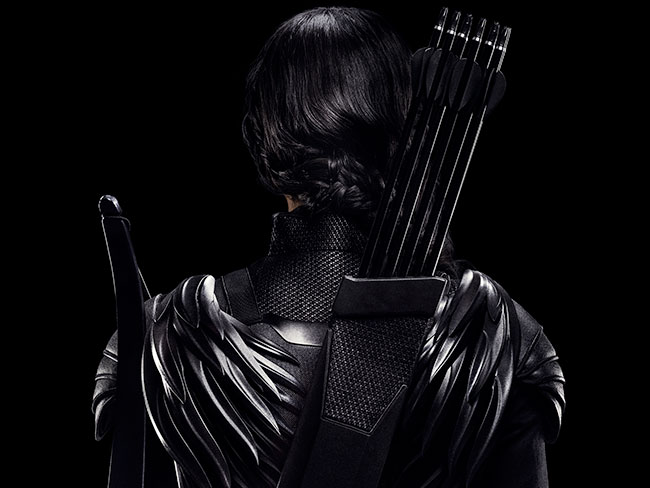 See the FRONT of Katniss in new Mockingjay teasers