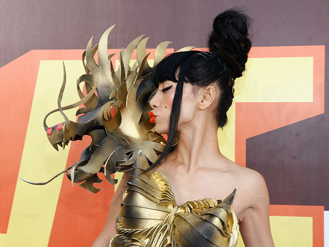 The most wtf outfits at the MTV Movie Awards 2015