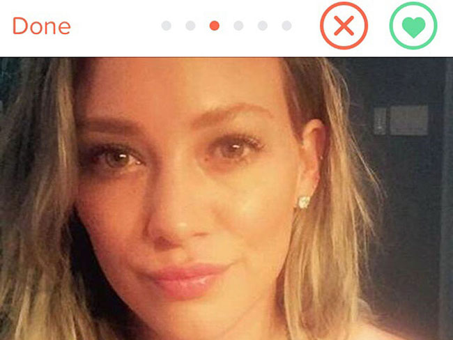 Get swiping lads, Hilary Duff is on Tinder